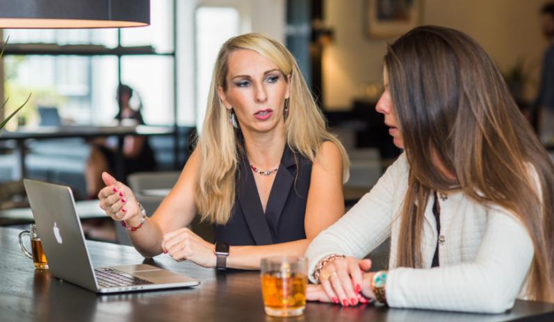 Hoe helpt een online business expert bij bedrijfsgroei?