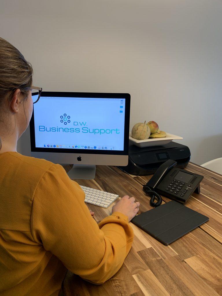 Online professional Daphne Wante van VA Business Academy