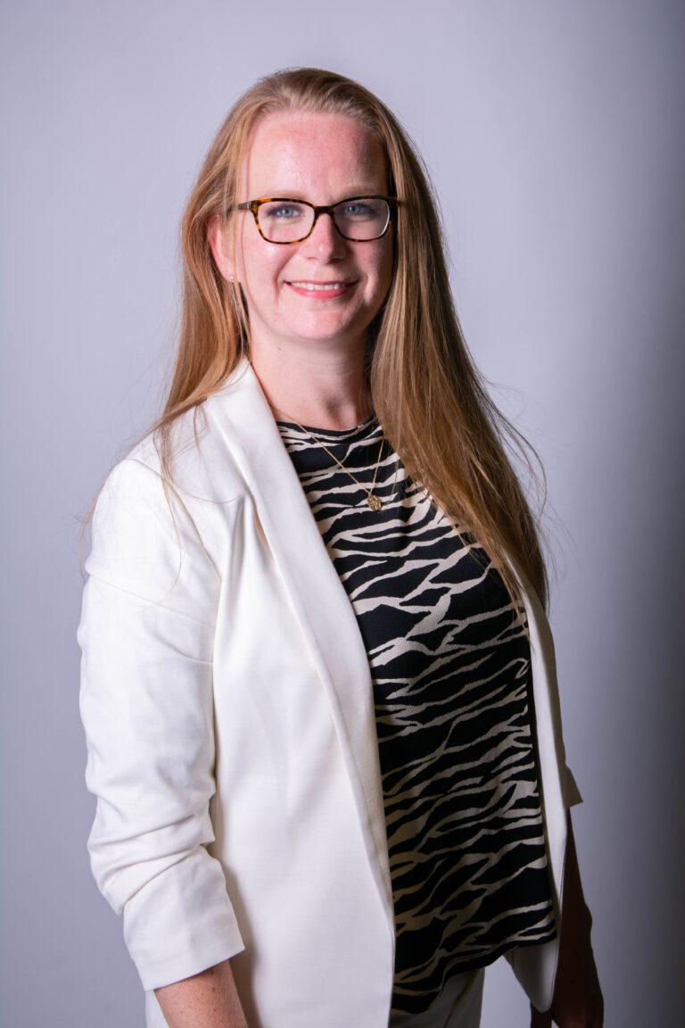Online professional samantha Ozturk-Langelaan van VA Business Academy