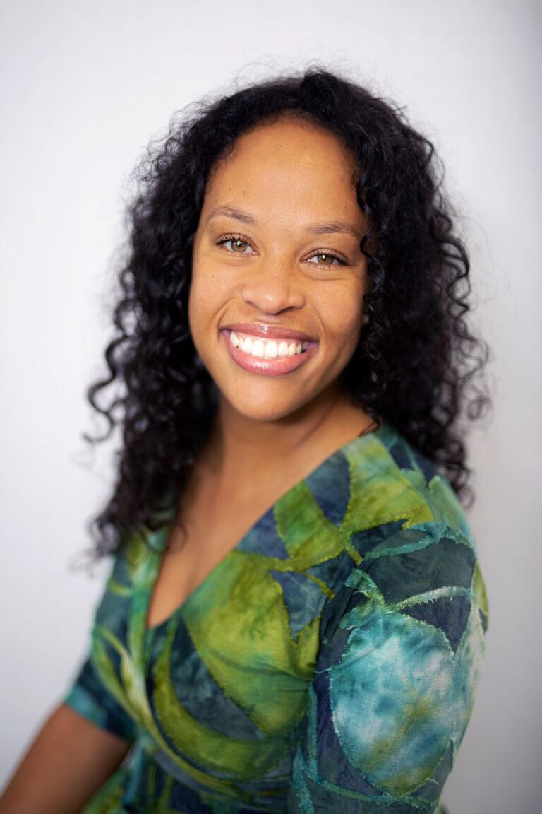 Online professional Sharmilee Muntslag van VA Business Academy